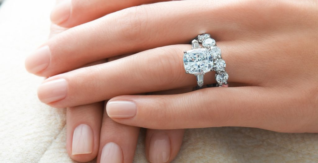 Distinctive Types of Diamond Rings Occasions